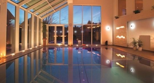 Wintergarten Pool hotelschwimmbäder und wahrhaftige wellnessoasen