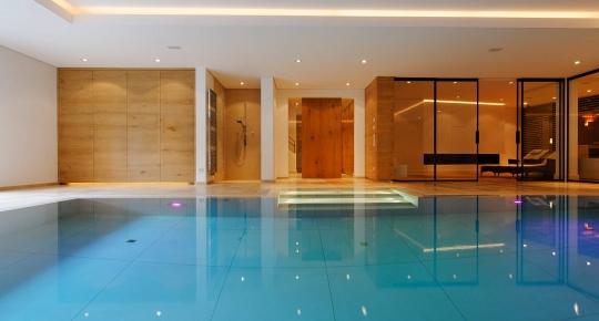 Schwimmbad Als Kunstgalerie